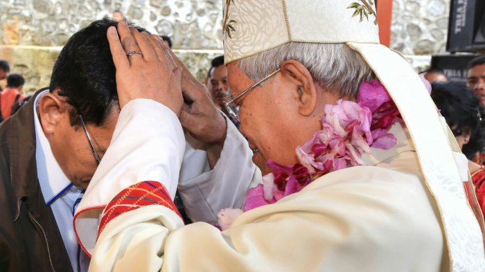 Maju ke Pilgub Sumut, JR Saragih Minta Didoakan Uskup Agung