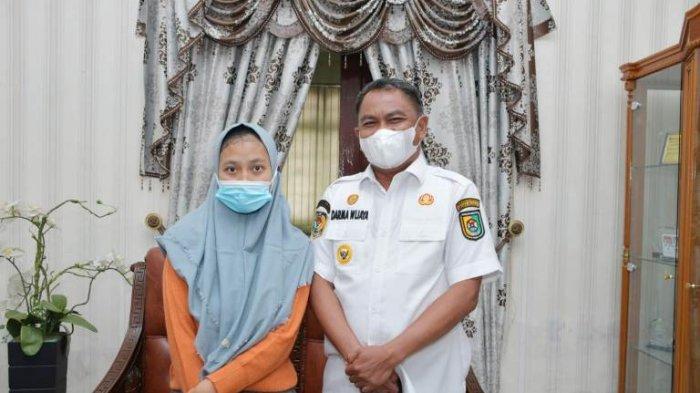 Pernah Kirim Surat 'Cinta' ke Gubernur Sumut, Gadis Penderita Saraf Ini Bertemu dengan Bupati Sergai