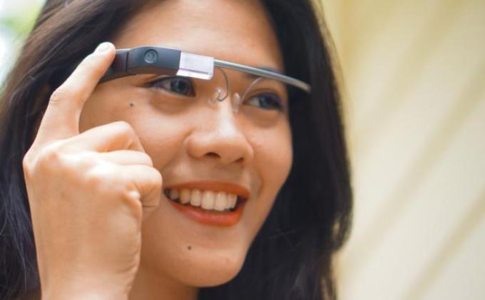 Kacamata Google Glass Enterprise Edition 2 Bakal Dirilis pada 2019, Ini Kelebihannya
