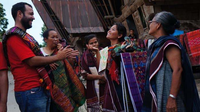 Tertarik Dengan Tenun Ulos Batak, Festival Tenun Nusantara (FTN) Cocok Anda Kunjungi