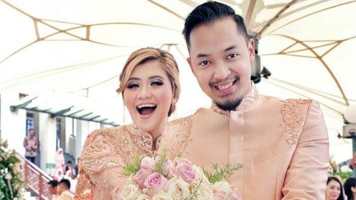 Kakak Nia Ramadhani menikah