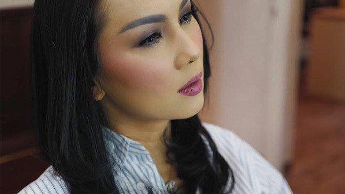 Berlinang Air Mata Baca Status Instagram Istri Vicky Prasetyo, Curhat Ibu Lagi Sakit