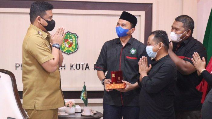 Bertemu Bobby Nasution, Keluarga Alumni KAMMI Puji KeberhasilanTurunkan PPKM Medan ke Level II