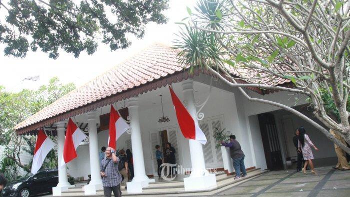 Jokowi Pertimbangkan Hapus Jabatan Wamen