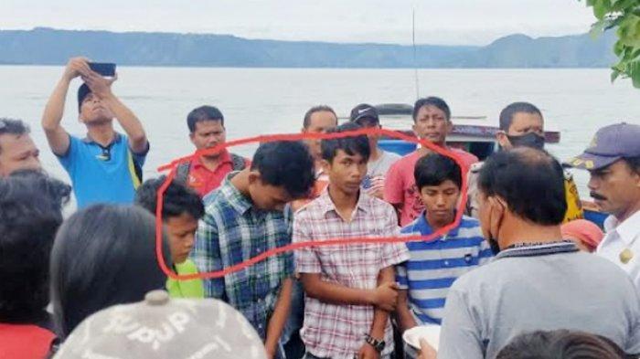 Kapal Boat Berpenumpang 4 Anak Sekolah Terbalik di Danau Toba