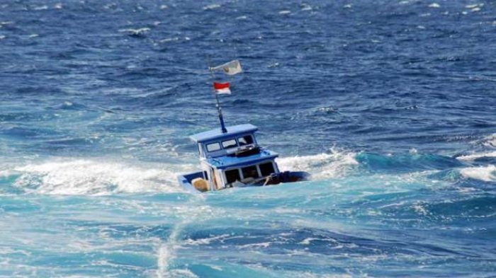UPDATE KM Lintas Timur Pencarian Korban Kapal Tenggelam Dihantam Cuaca Buruk, 17 Orang Hilang