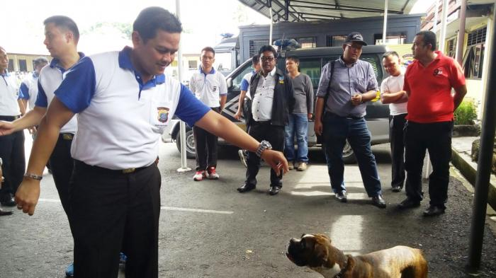 Tak Mau Diliput, Kapolres Siantar Usir Wartawan dengan Anjing
