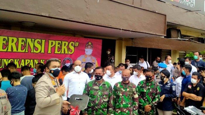 Tentara yang Gagalkan Peredaran 148 Kg Ganja Berkaca-kaca Dapat Motor dari Kapolrestabes Medan