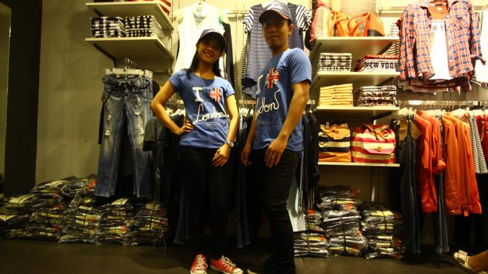 Lowongan Kerja Medan, Couple Shop Buka Loker Sebagai Customer Service, Berikut Persyaratannya