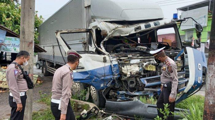 Kecelakaan Maut di Jalan Lintas Binjai-Langkat Tewaskan Supir Bus,Polres Binjai Lakukan Penyelidikan