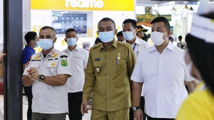Pantau Keefektifan PPKM Mikro, Satpol PP Kota Medan Tinjau Sejumlah Titik Keramaian