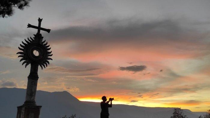 Nikmati Suasana Tenang dan Sejuk di Dolok Nagok Palipi di Samosir