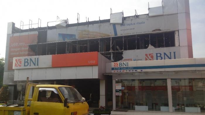 Kantor Bni Cabang Usu Ludes Terbakar Tribun Medan