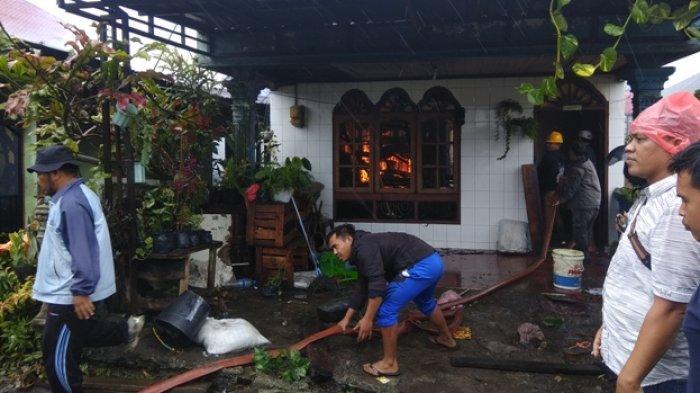 Lima Rumah di Kabanjahe Ludes Terbakar, Sumber Api Belum Jelas Dari Mana