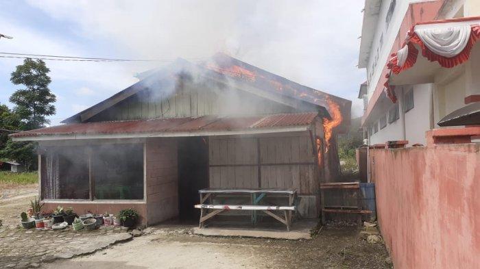 Kebakaran Rumah di Tarutung, Dua Anak Sempat Terjebak di Tengah Kobaran Api