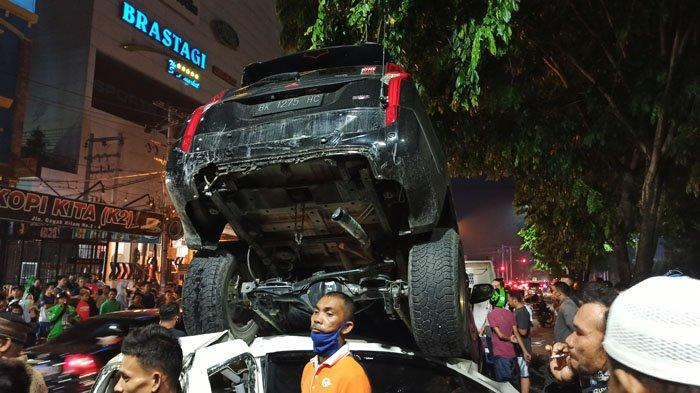 Tabrakan Beruntun di Ringroad Medan, Warga: Truk Tabrak Mobil yang Berhenti di Lampu Merah