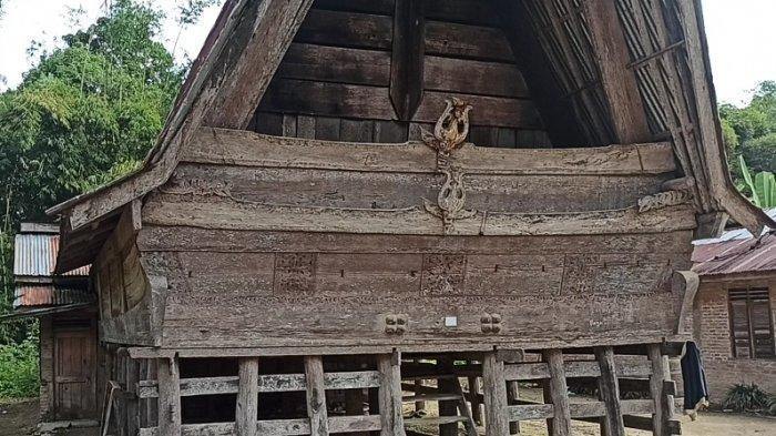 Kediaman Raja Bolon Motung Ompu Buntulan Manurung, Jadi Tempat Persinggahan Raja Sisingamangaraja
