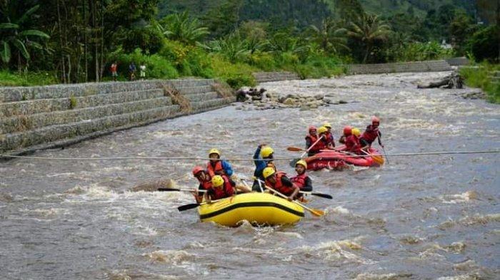 Nikmati Liburan Sembari Rafting di Sungai Aek Silang Baktiraja Humbahas