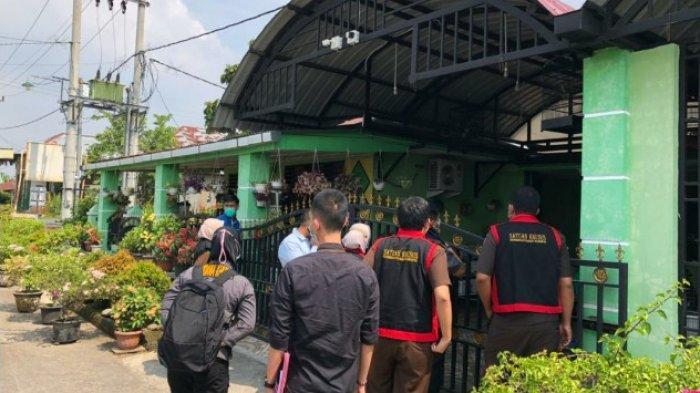 TAK Cuma Kantor Dishub, Kejari Binjai juga Menggeledah Rumah Pejabat PPK Juanda, Ini Fotonya