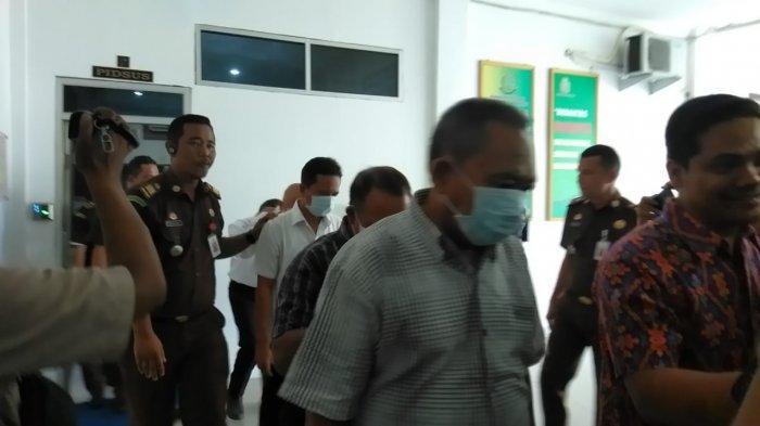 News Video: Diduga Melakukan Korupsi Rp 10,6 Miliar, Lima Petinggi PDAM Tirtanadi Ditahan Kejaksaan