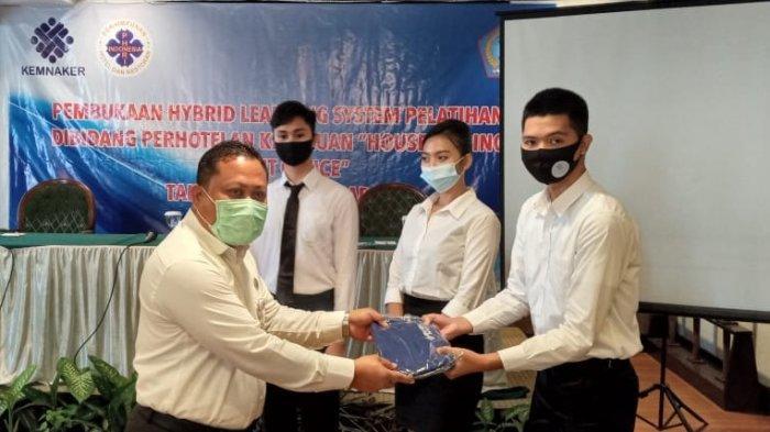 BBPLK Medan Kembali Latih Insan Perhotelan Kota Manado Melalui Hybrid Learning