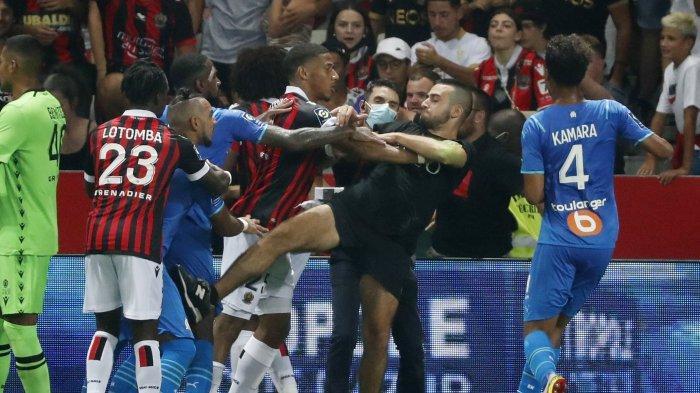 Baku Hantam di Lapangan, Poin Nice Dikurangi dan Pemain Bintang Marseille Dilarang Main 1 Laga