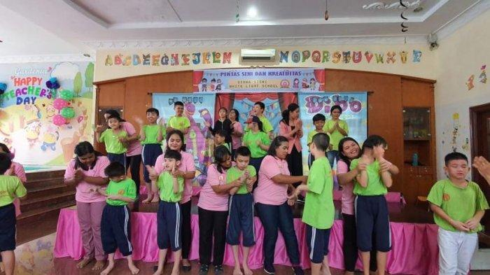 Kisah Whitney dan Pentingnya Sekolah Khusus Penyandang Autisme di Indonesia
