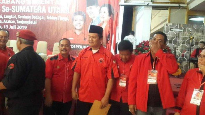 Ini Sosok Ketua PDI Perjuangan Deliserdang yang Baru, SK Diserahkan Djarot Saiful Hidayat