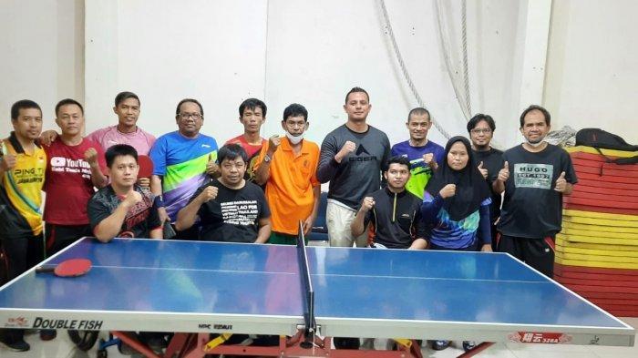 Persiapkan Atlet Menuju Kompetisi Bergengsi, Tim Tenis Meja NPC Sumut Jajal PTM USU di Laga Try Out