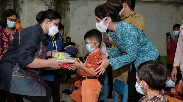 Kahiyang Salurkan Perlengkapan Belajar dan Makanan Tambahan kepada 31 Murid PAUD