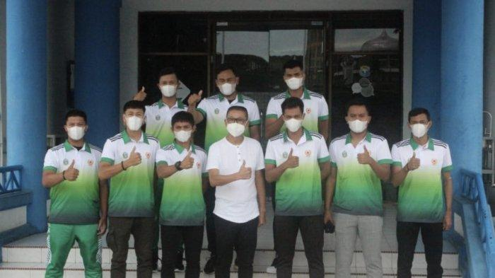 Lepas Atlet ke PON Papua, PBSI Sumut Janjikan Bonus Besar