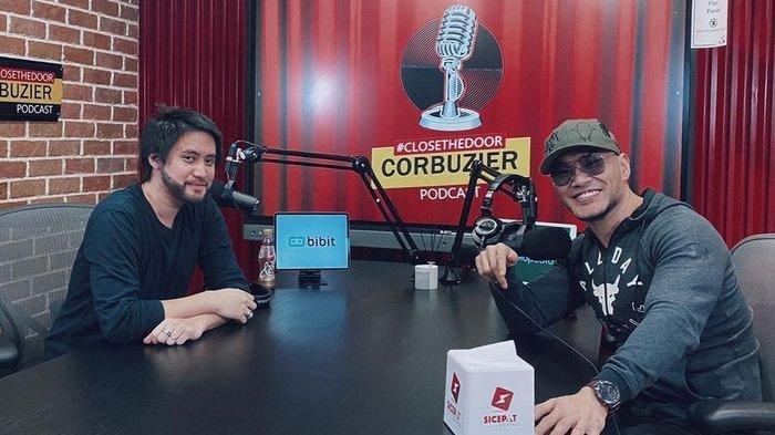 Kevin Aprilio saat menjadi bintang tamu podcast Deddy Corbuzier