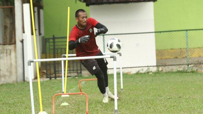 Jaga Kebugaran Tubuh, Kiper PSMS Abdul Rohim Pilih Gabung Latihan Bersama Kesatuannya PS AD