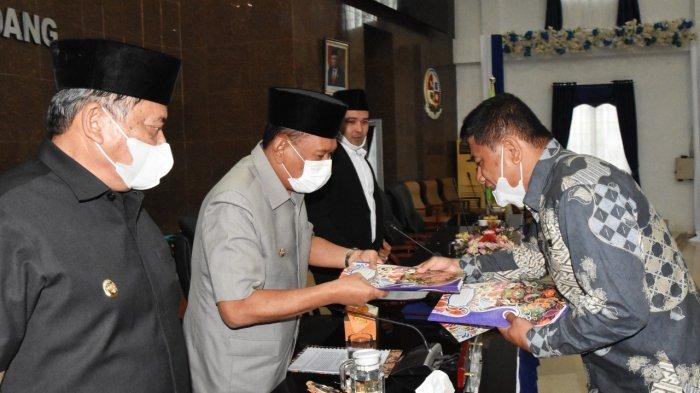 Sah, DPRD Setujui LPJ Pelaksanaan APBD Deli Serdang Tahun 2020