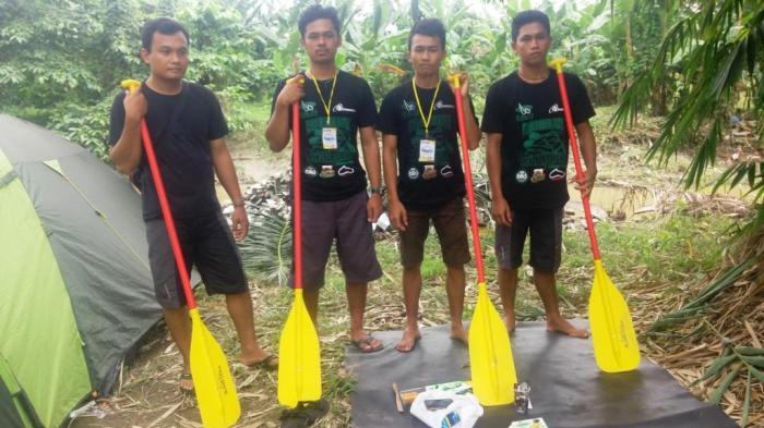 Klub arung jeram Namu Sira-Sira asal Binjai. Mereka bertanding di tiga nomor lomba yaitu down river, slalom dan head to head.