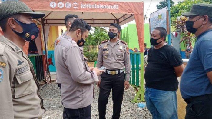 Langgar Prokes Cegah Covid-19, Kolam Renang Pondok Cabe Ditutup, Berikut Foto-fotonya