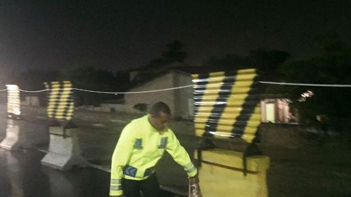 Banjir, Pintu Tol Letda Sujono Ditutup