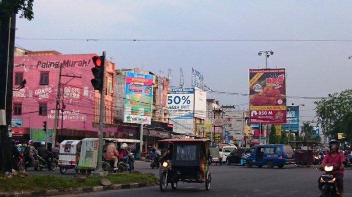 Arus Lalu Lintas di Jalan Kapten Muslim Ramai Lancar