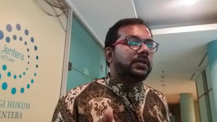 Haris Azhar Blak-blakan Buka Informasi Perlindungan' Buronan KPK Nurhadi, Datangi Gedung KPK
