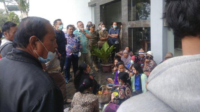 Korban Erupsi Gunung Sinabung Tuntut Realisasi Sewa Rumah dan Lahan Ke Pemkab Karo