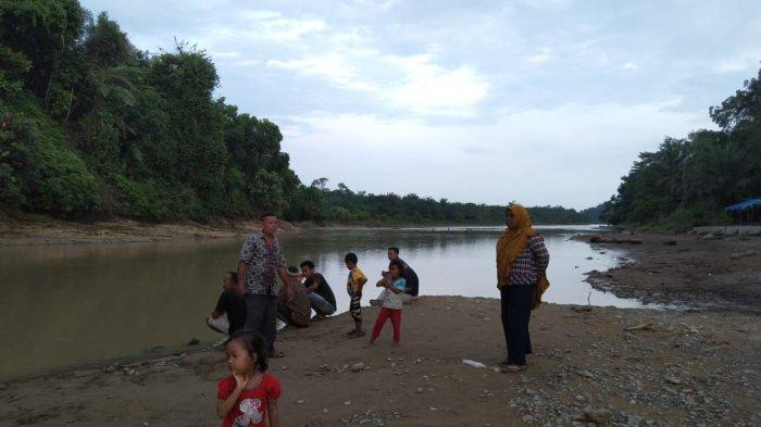 Tim Gabungan Masih Cari Korban Hanyut Ramalon Gultom (44) di Pantai Mantul Langkat