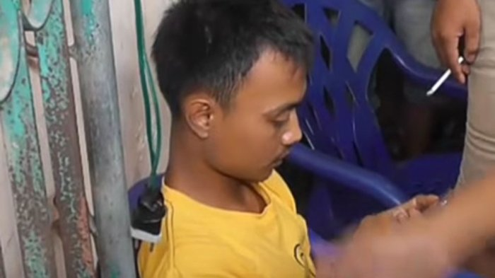 NEWS VIDEO: Dihipnotis untuk Membeli Pulsa Rp 600 Ribu, Pemuda Ini Nyaris Diamuk Massa