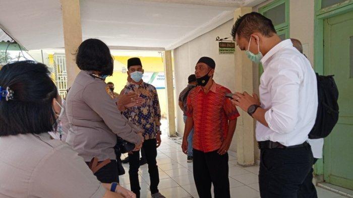 Keluarga Riska Fitria Datang ke RSUD Sultan Sulaiman, Keluarga Dilarang Beri Keterangan ke Wartawan