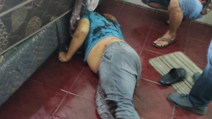 Korban pembunuhan, di Hotel Hawai, di Jalan Jamin Ginting, Kecamatan Medan Tuntungan, Sabtu (9/10/2021).