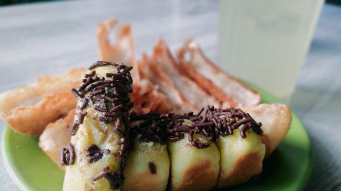 Kue Pancong Khas Betawi, Jajanan yang Melegenda di Kota Medan