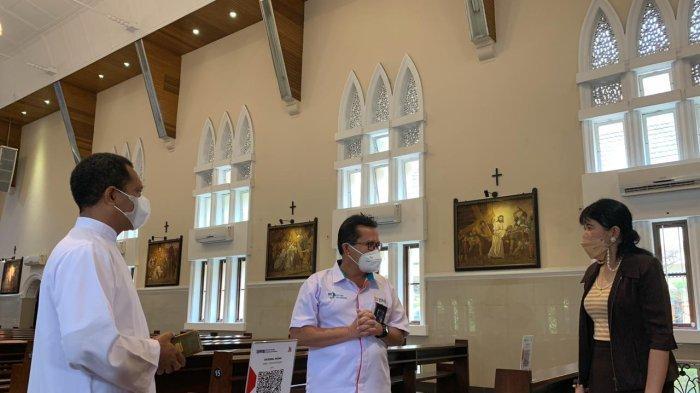 Perluas Cashless Society, BNI Wilayah 01 Medan Fasilitasi QRIS di Gereja Katedral Medan