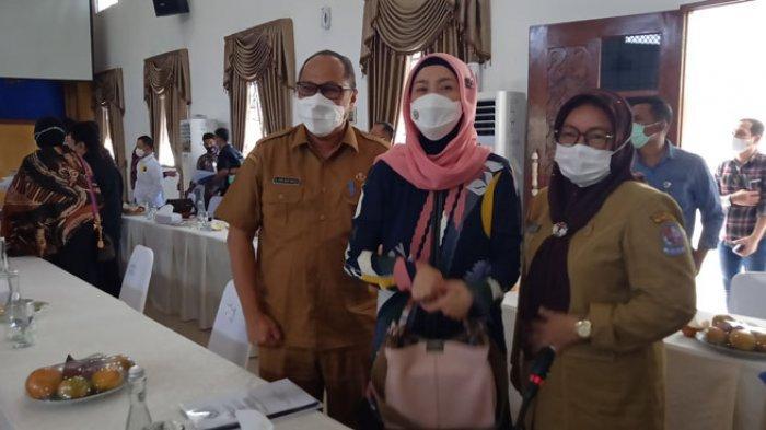 Desy Ratnasari Tampil Cantik saat Kunker, Gubernur Edy Rahmayadi: Nyesal Saya Terlambat Kenal