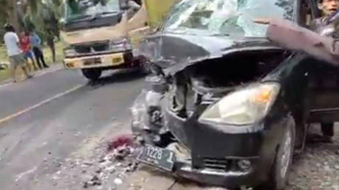 Pulang Melayat, Rombongan Ini Ditabrak Mobil Plat Merah, 1 Tewas dan 9 Luka-luka