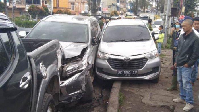 Pajero Sport Serempet 4 Mobil di Berastagi, Sopir Mengaku Hilang Kesadaran saat Menyetir