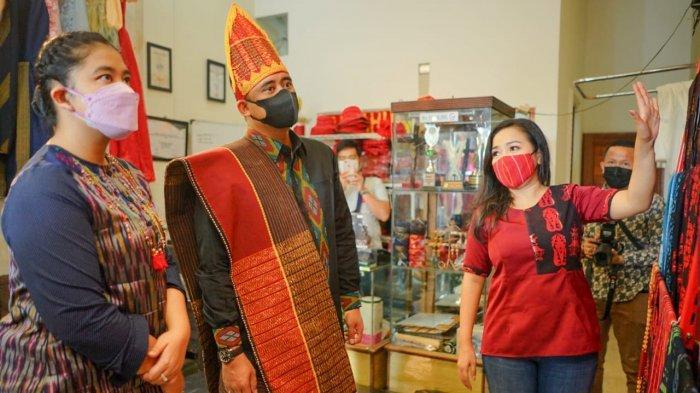 Berikut Ini Alasan Bobby Nasution Terbitkan Kebijakan Pakai Baju Adat di Setiap Hari Jumat